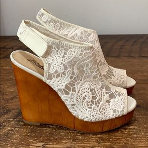 Lucky Brand Lace Open Toe Wedge Sandals  Sz 8